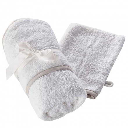 Kinder Valley Hooded Towel and 2 Wash Mitts White